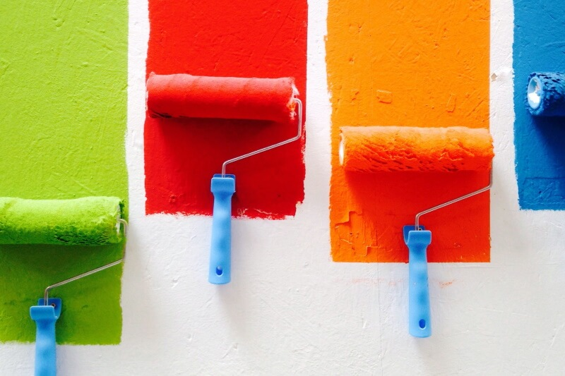 Why is low VOC paint the better option to use?